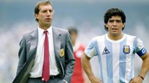 4 Karlos Biljardo Maradona
